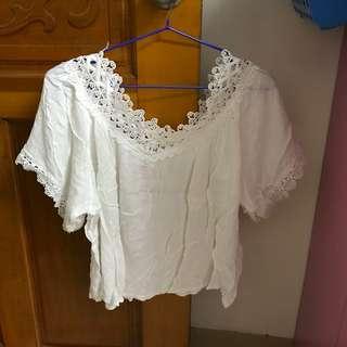 🚚 短版蕾絲罩衫