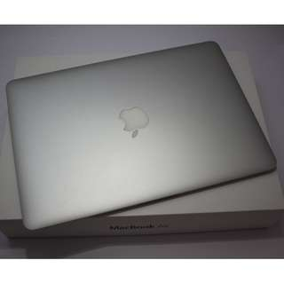 "Mint Condition 13"" MacBook Air 2012 model(680sgd)"