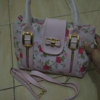 Tas fashion wrna pink bunga ada tali panjangnya