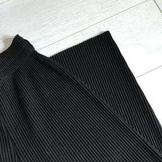 🚚 黑色百褶寬褲