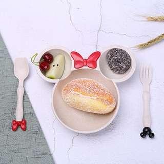 Wheat straw dining set