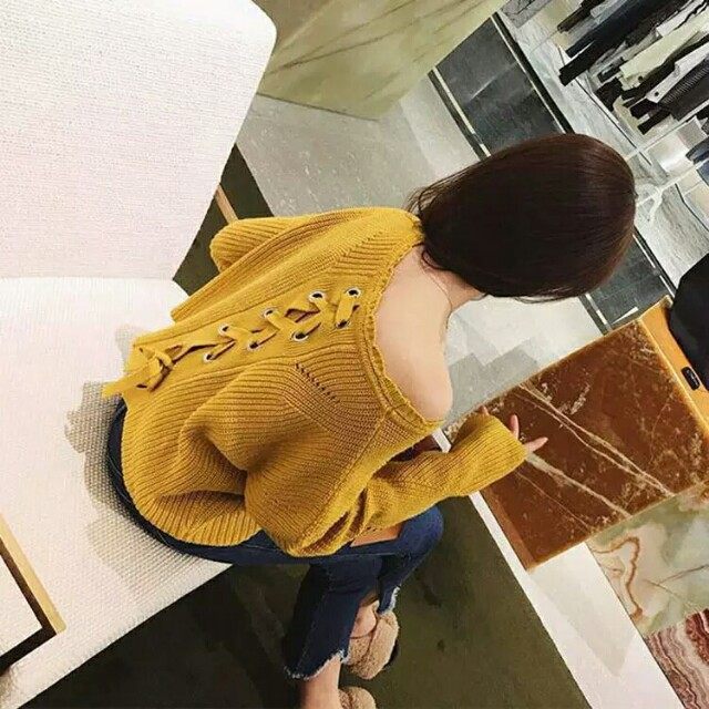 韓版針織後背花邊衣 有需要哪款請PO款示給我 賴lucky2200(小培) FB:南部雜貨舖