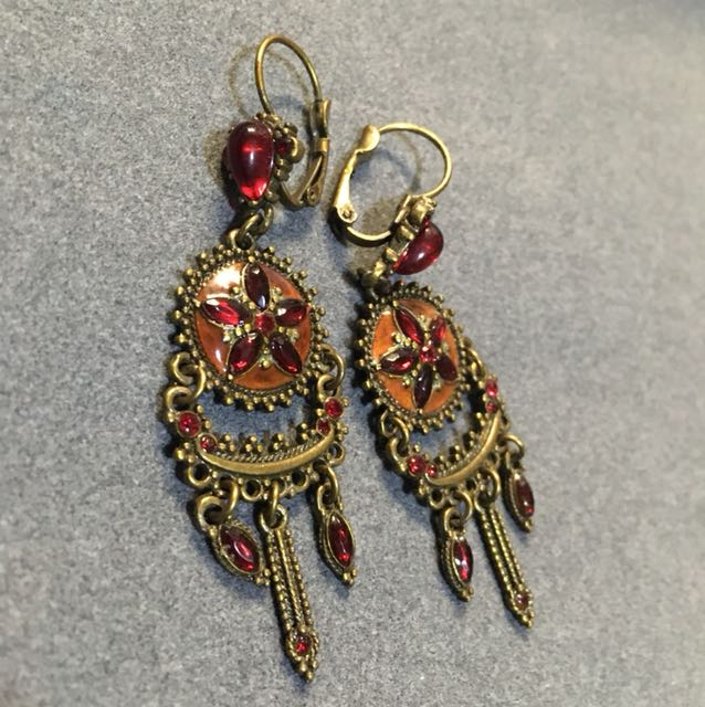 Accent Earrings