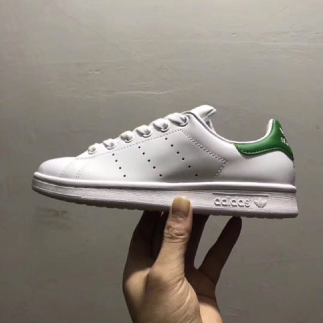 Addidas stan Smith 绿尾 蓝尾