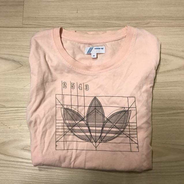 Adidas粉紅上衣