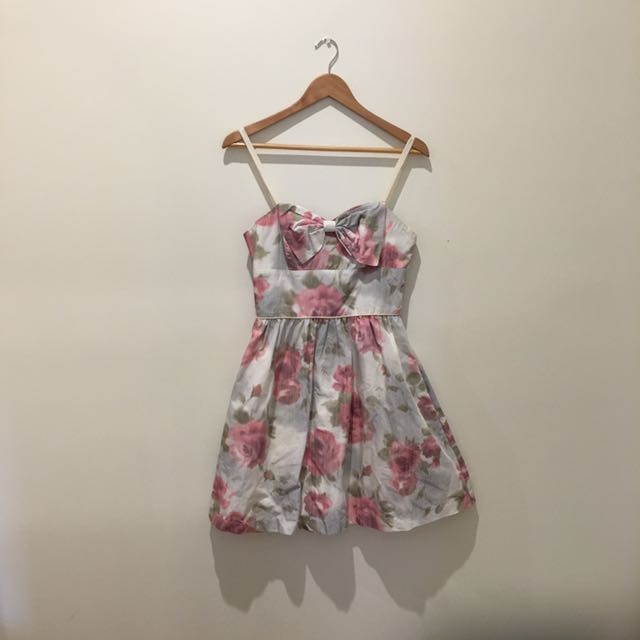 "Alannah Hill size 10 ""buy me roses"""