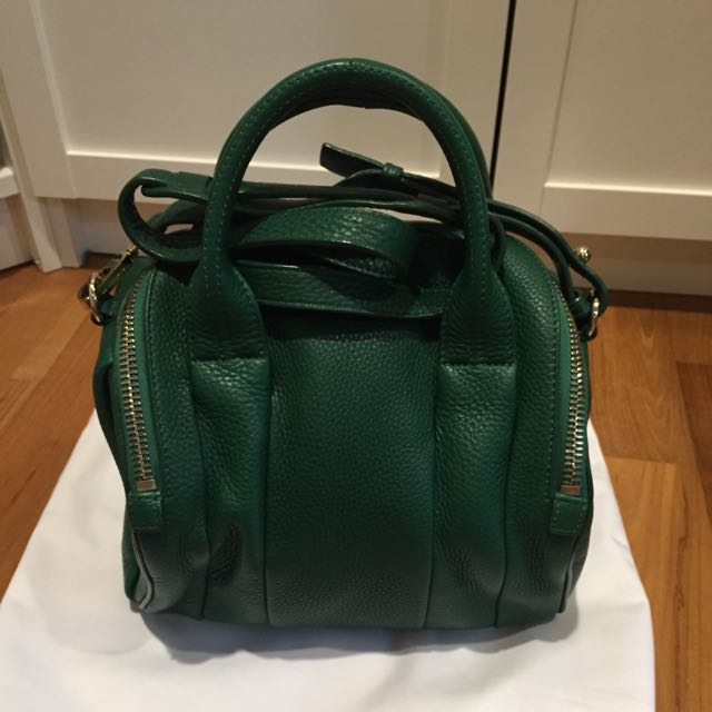 82d1ee145a Alexander Wang Rockie Green Pebble Leather Shoulder Bag Gold ...