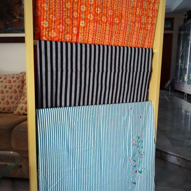 Aneka kain batik tulis, dll