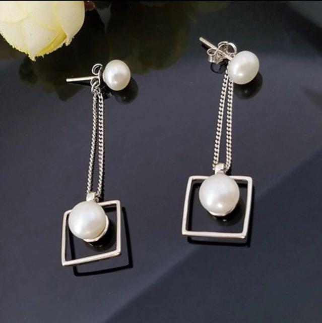 Anting gantung pearl