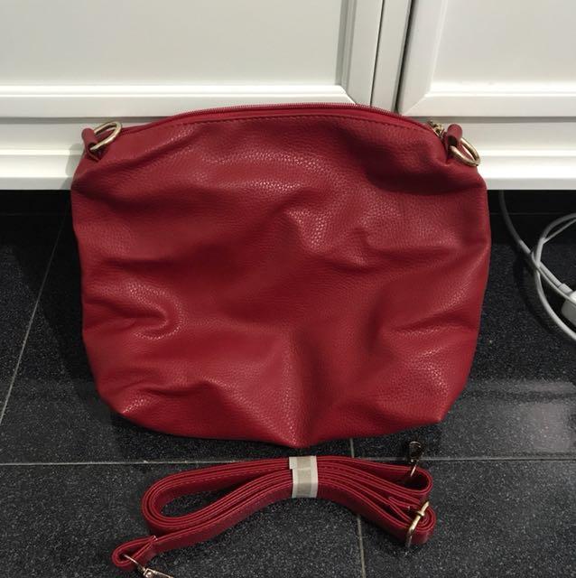 BECSA RED CROSSBODY Bag