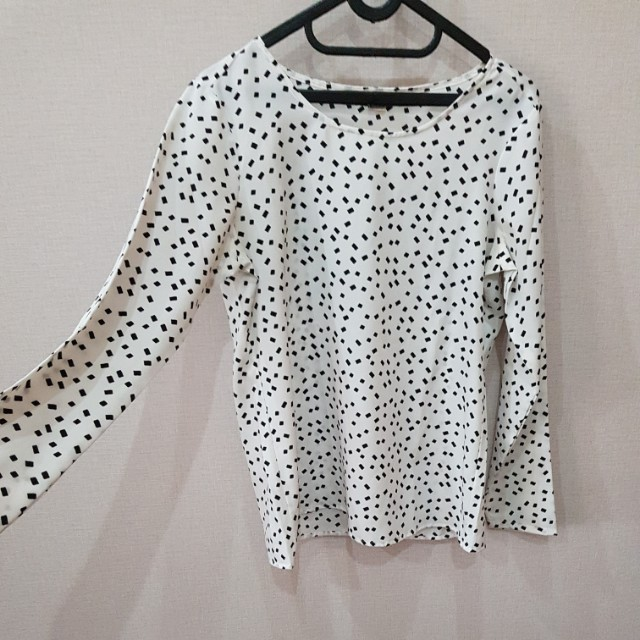 blouse white black