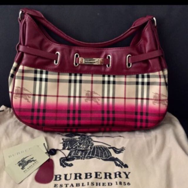 BNWT AUTHENTIC BURBERRY BAG