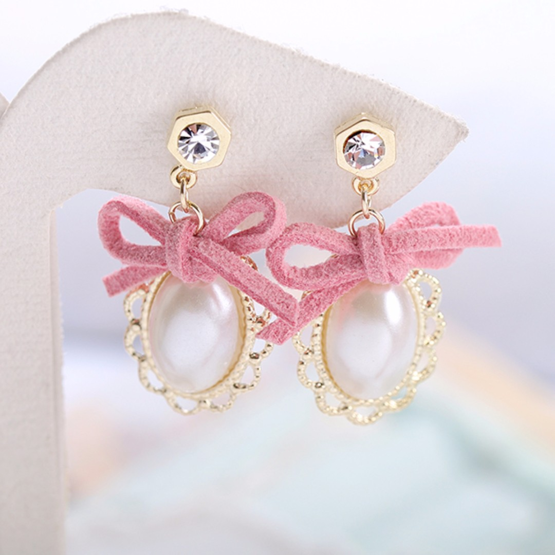 [NEW] Bow with Pearl Earrings