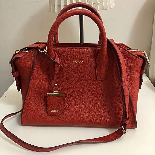 2aea5013539b Authentic DKNY Chelsea Handbag Tote With Strap, Women's Fashion ...
