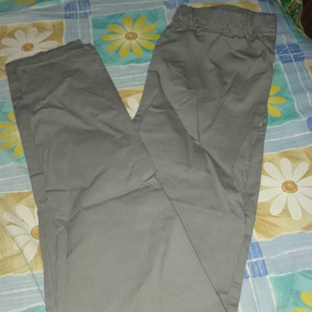 Celana katun stretch wanita abu abu