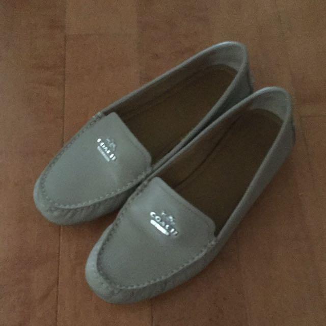 Coach shoes size 37