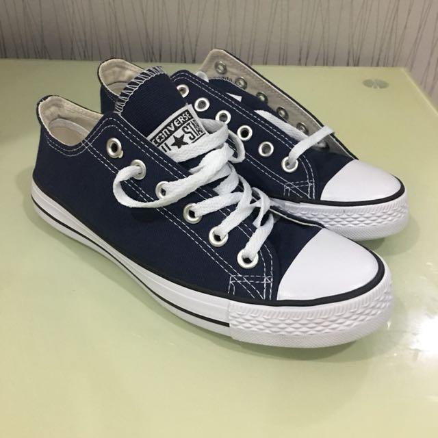 a6a21970adb8 Converse Shoes canvas navy