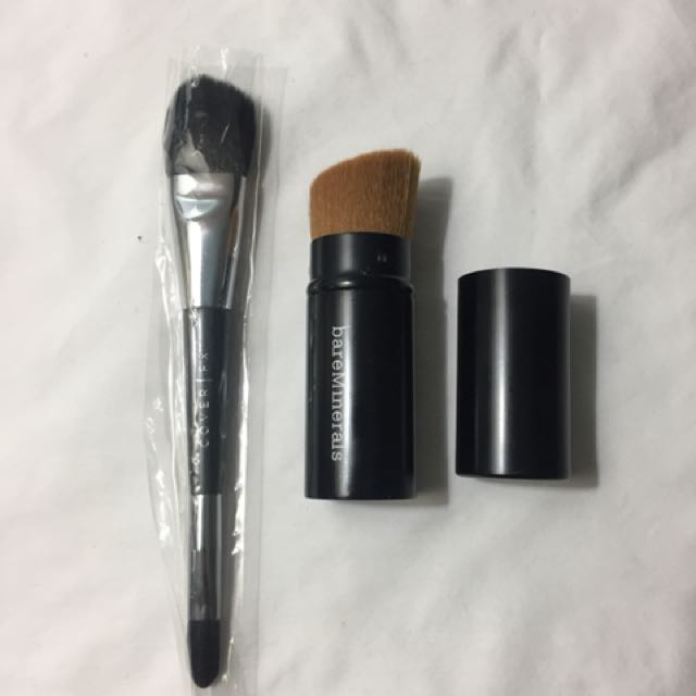 COVER FX AND BAREMINERALS Travel Brushes