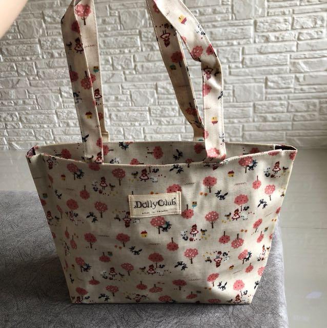 DollyClub Tote Bag