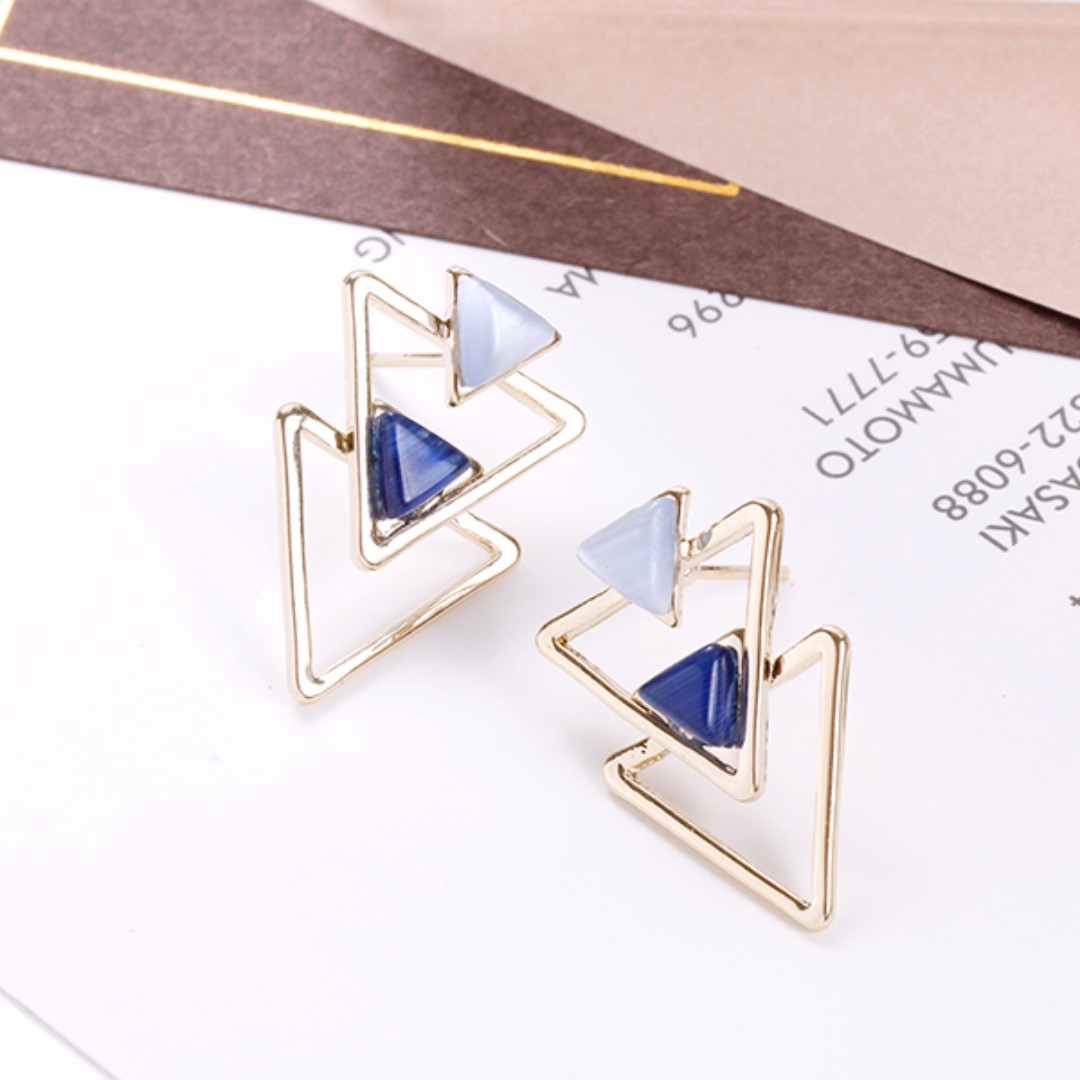[NEW] Double Triangles Earrings