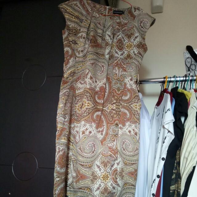 Dress batik executive