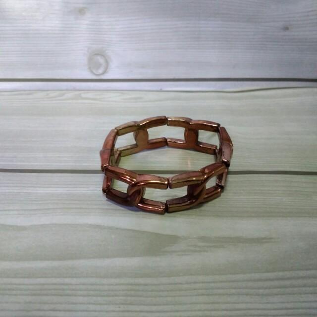 Gelang Berbentuk Rantai / Chain Bracelet