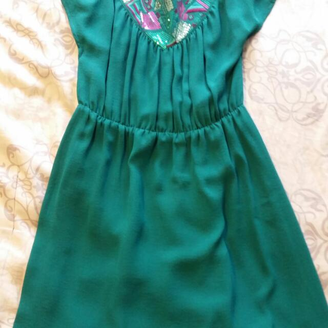 Green Dress With Sequin Collar