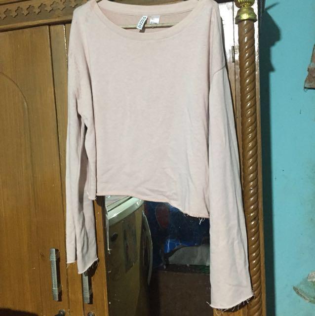 HnM cropped rae raw edge sweater