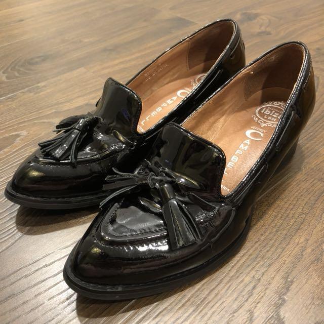 #Jeffrey Campbell# 黑色漆皮流蘇 樂福鞋 @loafer