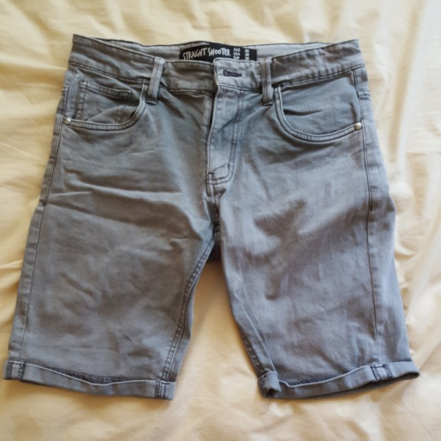 Men factorie grey jean shorts