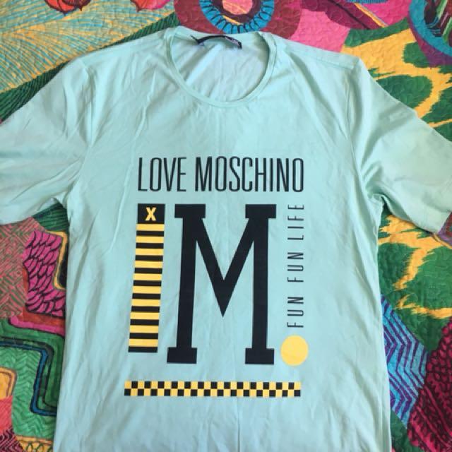 Moschino T Shirt. Size M