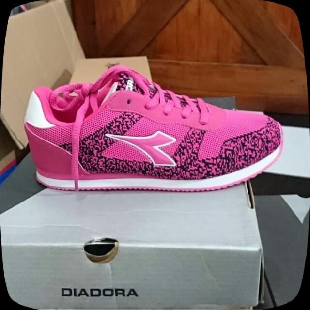 New diadora shoes kids pink