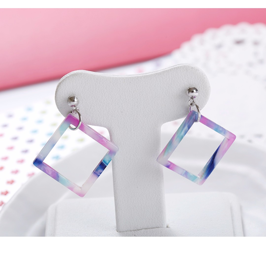 [NEW] Symphony of Square Earrings