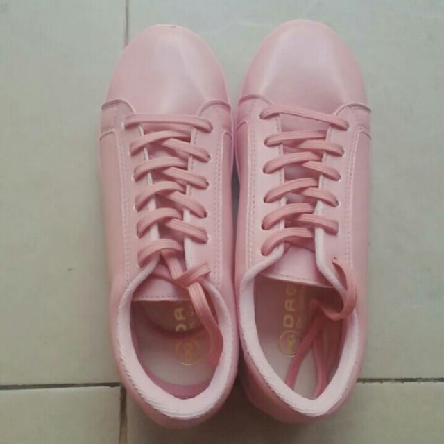 Pink Sneakers Unbranded
