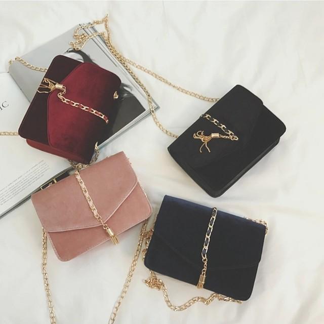 ee983bdc6de6b P.O] Korean Ulzzang Classy Velvet Shoulder Chain Tassel Clutch Sling ...