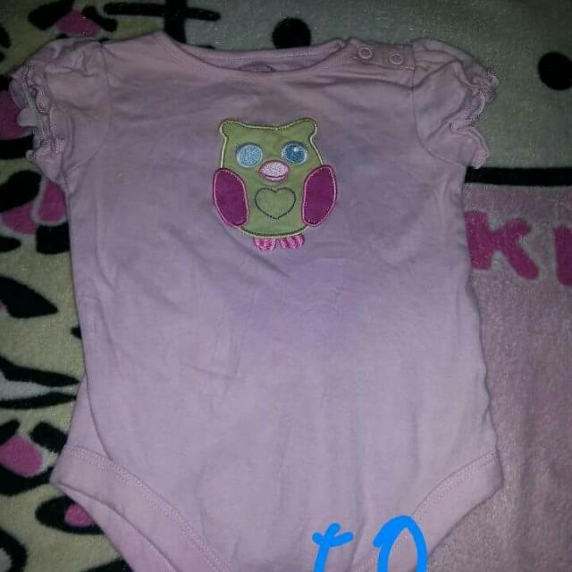 Pre loved baby stuff!!