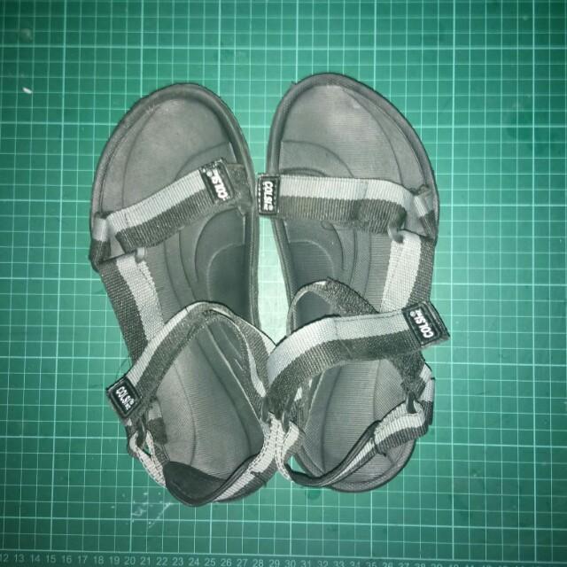 Preloved Hiking Sandals
