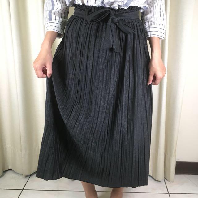 金屬光澤感綁帶百摺長裙S