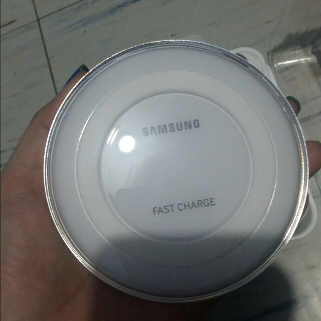 Samsung Fast Wireless Charger*repriced