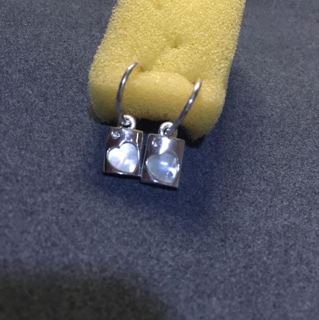 Silver heart pearl earrings