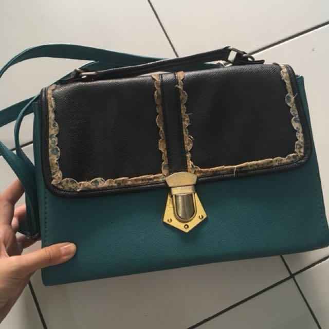 Sling bag bangkok