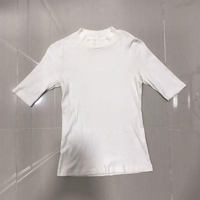 Uniqlo Off White Top