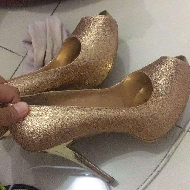 Victoria Gold High Heels