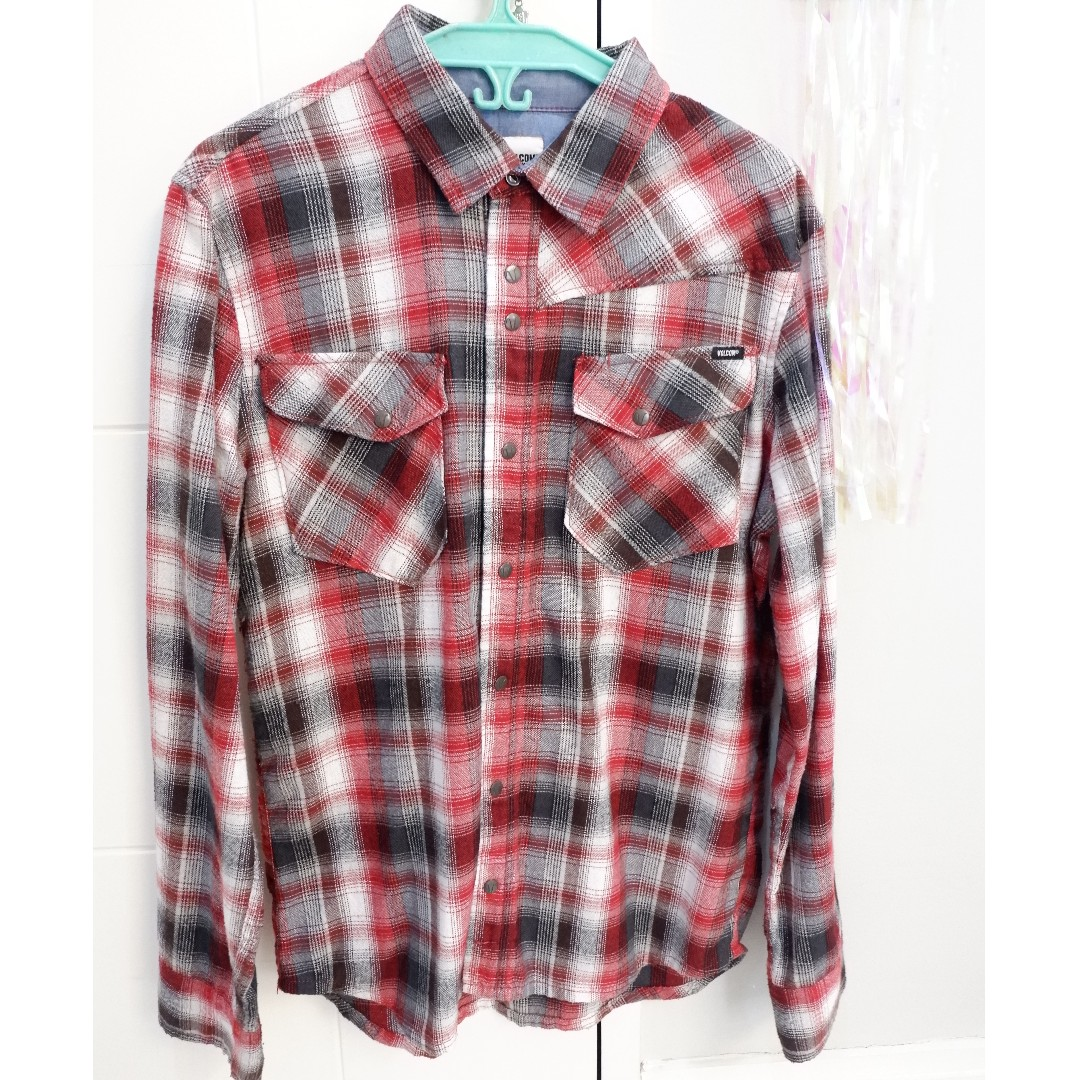 VOLCOM RED flannel long-sleeved polo