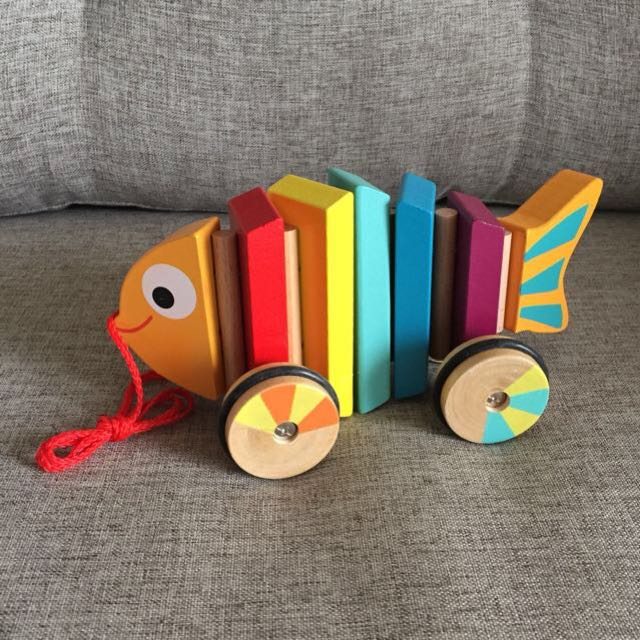 Wooden Pull-Along Fish