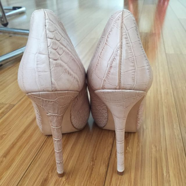 Zara Woman Light Pink Stiletto Pumps Heels Sz 37