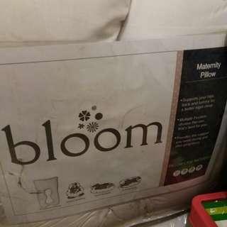 Bloom Maternity Pillow