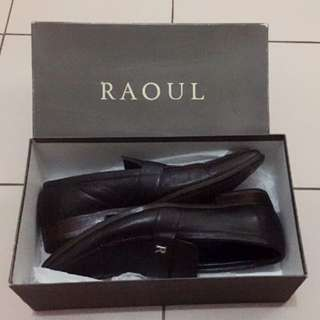 RAOUL Authentic