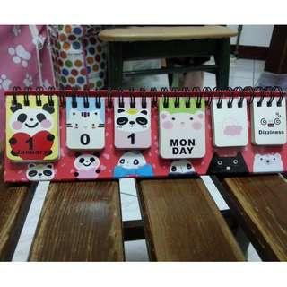 熊貓 卡通 循環 翻頁 桌面 小台曆 日曆 桌曆 萬年曆