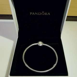 半價 Pandora 14k金扣手鏈